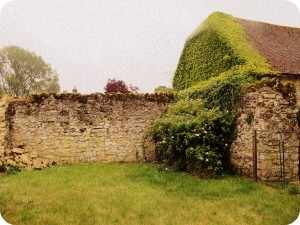 Notley Abbey garden walls