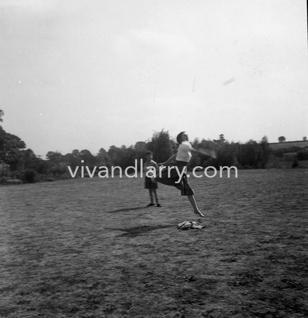 Vivien Leigh plays cricket at Notley Abbey